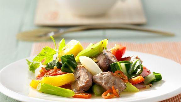 Rezept: Entenbrust mit Gemüse aus dem Wok