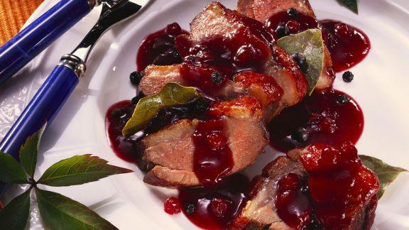 Rezept: Entenbrustfilet mit fruchtiger Johannisbeersoße