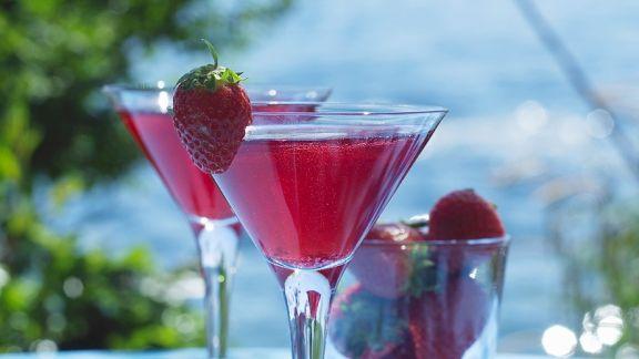 Rezept: Erdbeer-Bowle