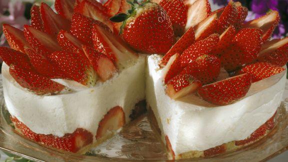 Rezept: Erdbeer-Frischkäse-Torte