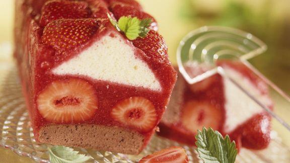Rezept: Erdbeer-Kastenkuchen