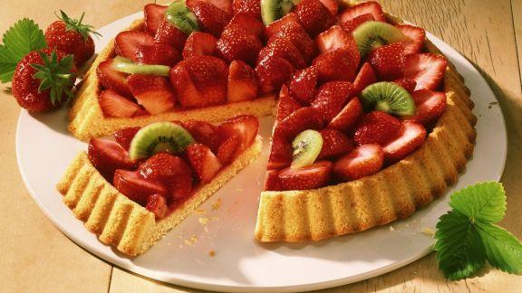 Rezept: Erdbeer-Kiwi-Kuchen