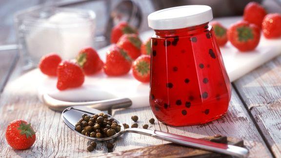 Rezept: Erdbeer-Pfeffer-Gelee