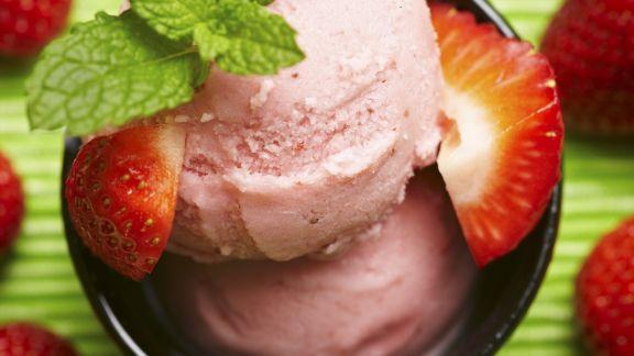 Rezept: Erdbeereis