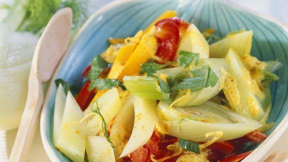 Rezept: Fenchel-Curry mit Kürbis und Paprika