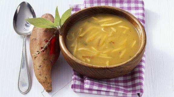 Rezept: Feurige Apfel-Süßkartoffel-Suppe