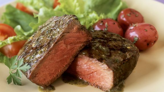 Rezept: Filetsteak vom Rind mit Kräutersauce