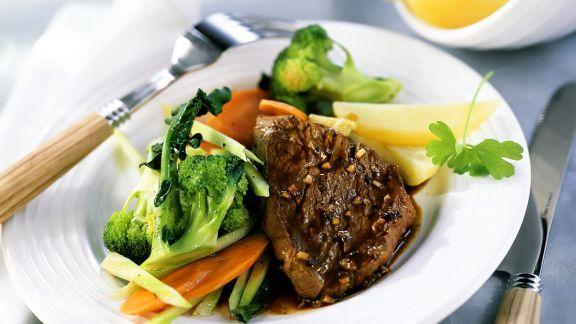 Rezept: Filetsteaks mit Gemüse