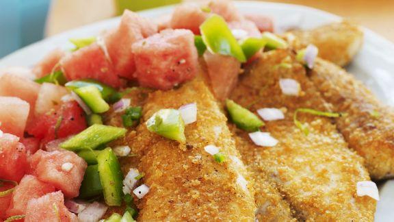 Rezept: Fisch mit Cornflakes-Kruste und Gemüsesalat