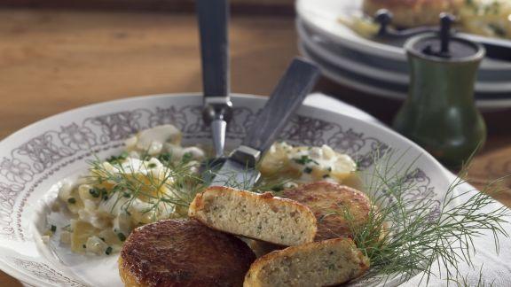 Rezept: Fischbuletten mit Kartoffelsalat