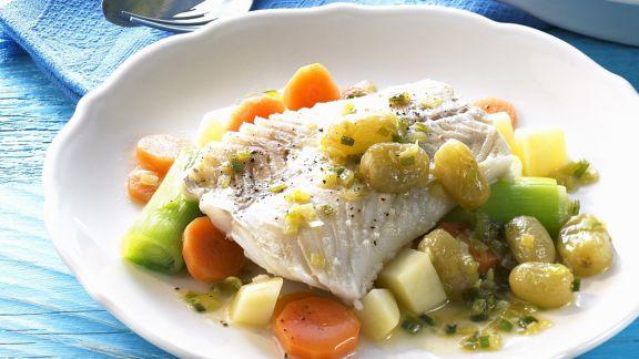 Rezept: Fischfilet mit Gemüse und Weintraubensoße