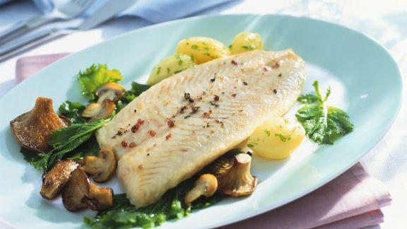 Rezept: Fischfilet mit Pilzgemüse und Kartoffeln