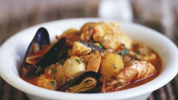 Rezept: Fischsuppe mit Kartoffeln
