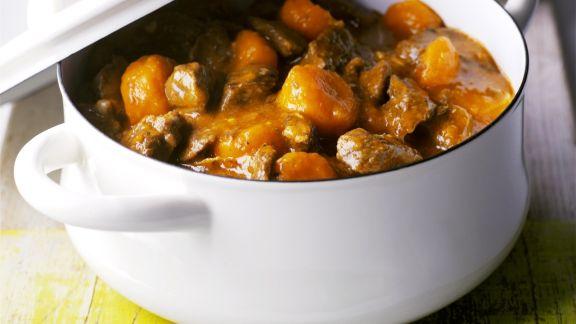 Rezept: Fleisch-Karotten-Eintopf dazu grüne Bohnen