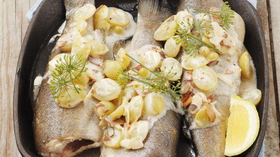 Rezept: Forelle mit Mandeln und Trauben gebraten