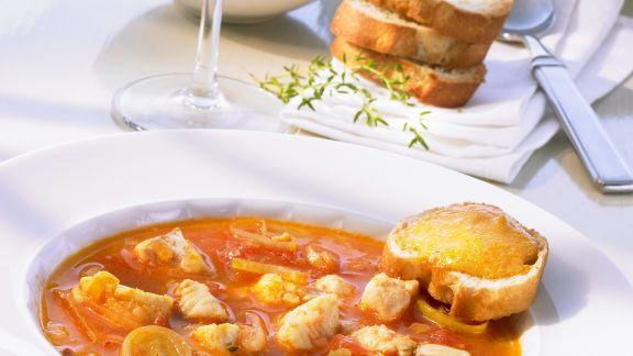 Rezept: Französische Fischsuppe (Bouillabaisse) mit Rouille
