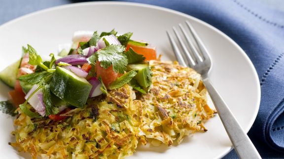 Rezept: Frittata mit Gemüse dazu Salat