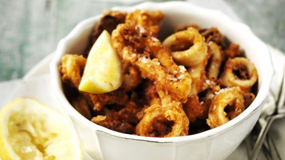 Rezept: Frittierte Tintenfischringe (Calamari fritti)