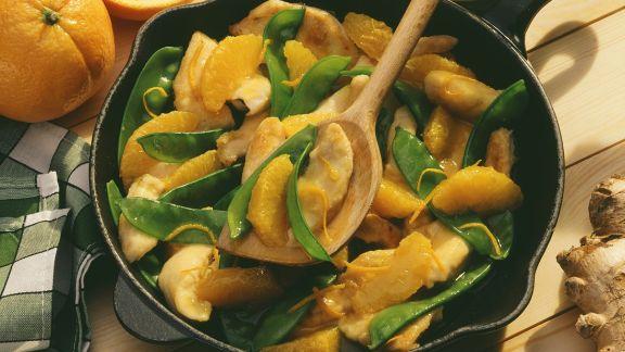 Rezept: Fruchtige Hähnchenpfanne mit Zuckerschoten