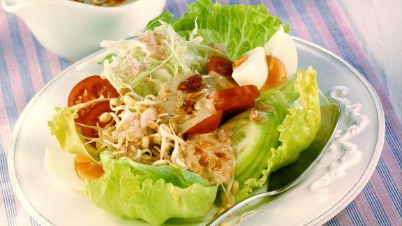 Rezept: Gado Gado: Indonesischer Salat mit Erdnusspaste