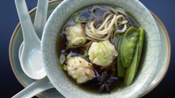 Rezept: Garnelen-Nudel-Suppe