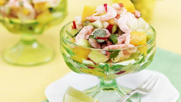 Rezept: Garnelencocktail mit Mango-Gurken-Salsa