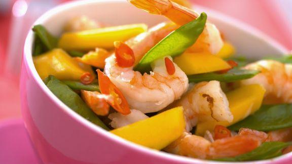 Rezept: Garnelensalat mit Mango und Kaiserschoten