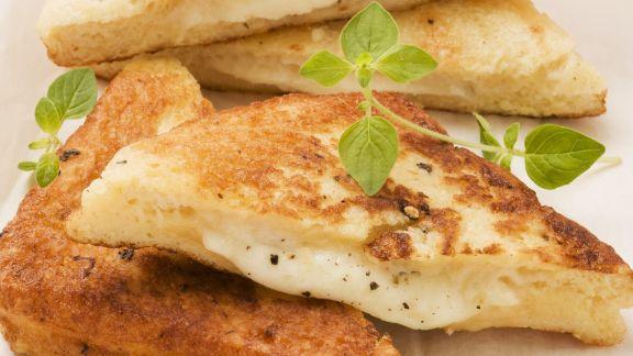Rezept: Gebackene Mozzarella Sandwichs