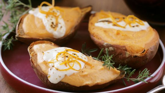 Rezept: Gebackene Süßkartoffeln mit Schmand