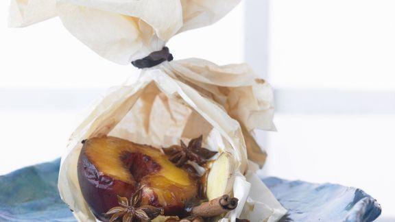 Rezept: Gebackener Pfirsich mit Zimt und Sternanis