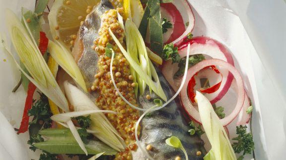 Rezept: Gebeizte Makrele mit französischem Senf und Gemüse