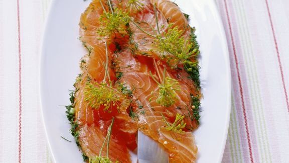 Rezept: Gebeizter Lachs mit Dill