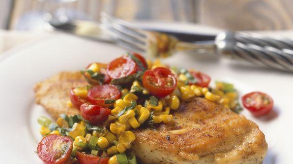 Rezept: Gebratene Hähnchenbrust mit Salsa aus Mais und Tomaten