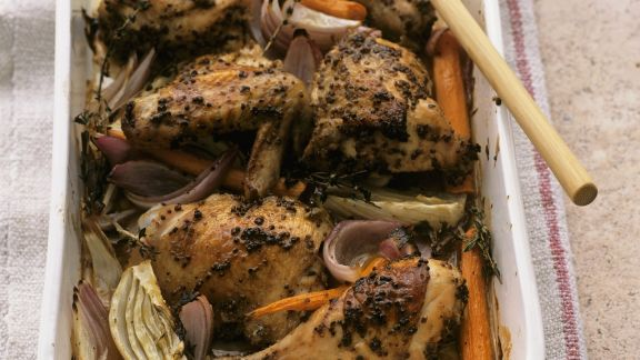 Rezept: Gebratene Hähnchenteile mit Senf und Gemüse