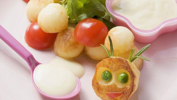 Rezept: Gebratene Kartoffelbällchen mit Joghurtdip