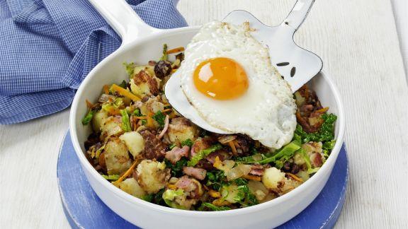 Rezept: Gebratene Kartoffeln mit Speck und Spiegelei