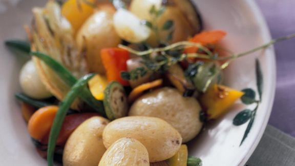 Rezept: Gebratene Kartoffeln und Gemüse auf italienische Art