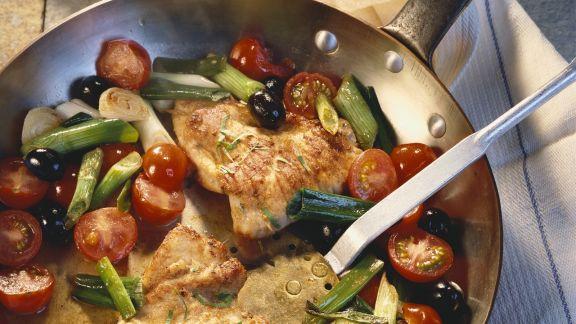 Rezept: Gebratene Putenschnitzel mit Gemüse