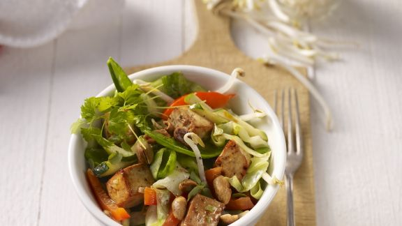 Rezept: Gebratener Tofu mit gemischtem Gemüse