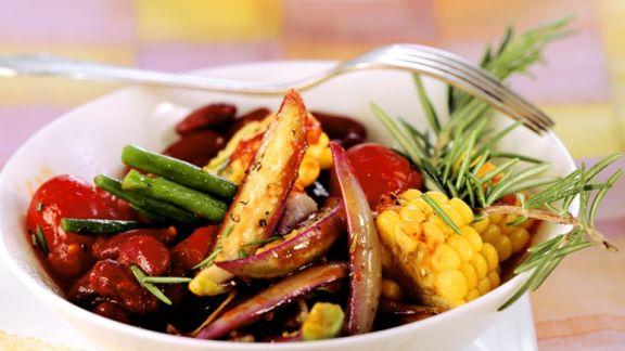 Rezept: Gebratenes Gemüse mit Bohnen und Auberginen