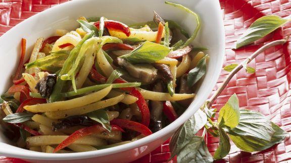 Rezept: Gebratenes Gemüse und Kartoffel und Shiitake