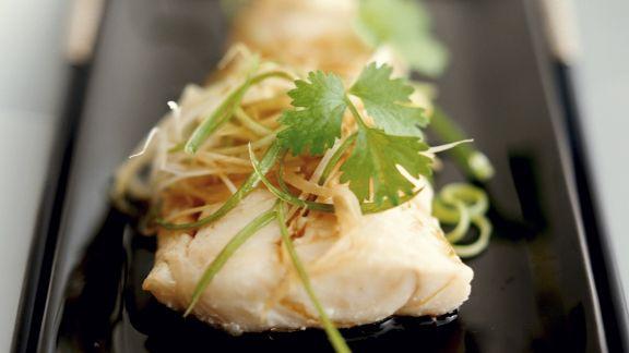 Rezept: Gedämpfter Fisch im Kantoneser Stil mit Koriander