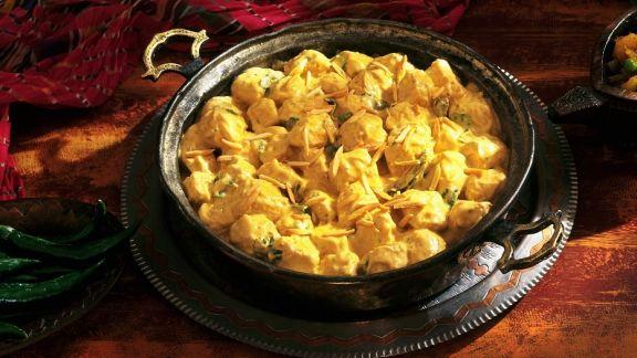 Rezept: Geflügel in Currysoße auf indische Art (Chicken Korma)