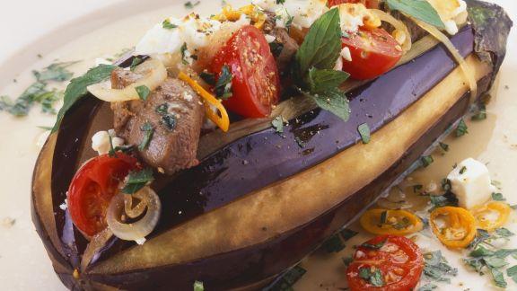 Rezept: Gefüllte Aubergine mit Rindfleisch, Tomaten und Feta
