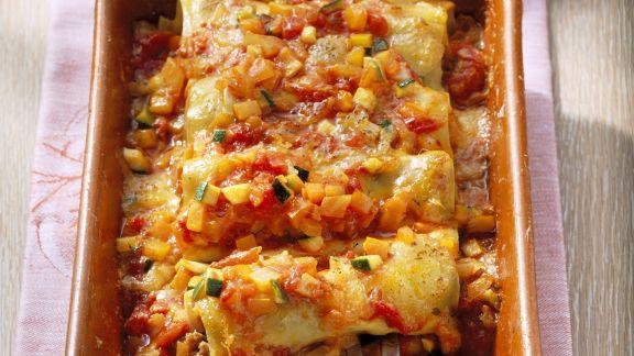 Rezept: Gefüllte Cannelloni mit Gemüsesoße