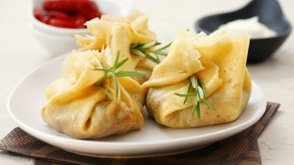 Rezept: Gefüllte Pfannkuchensäckchen