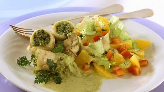 Rezept: Gefüllte Schollenröllchen mit Salat