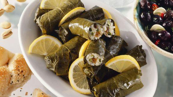 Rezept: Gefüllte Weinblätter auf griechische Art (Dolmades)