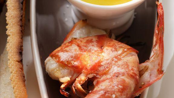 Rezept: Gegrillte Garnelenschwänze mit Aioli