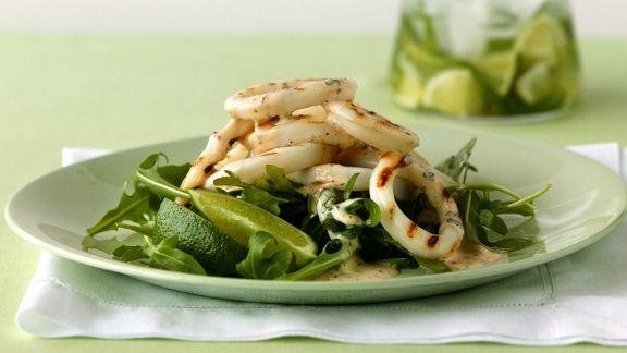 Rezept: Gegrillter Calamari-Salat mit Rucola
